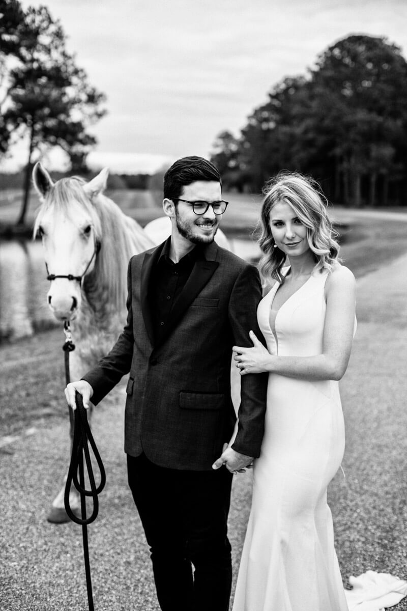 wedding couple with a horse Valdosta GA