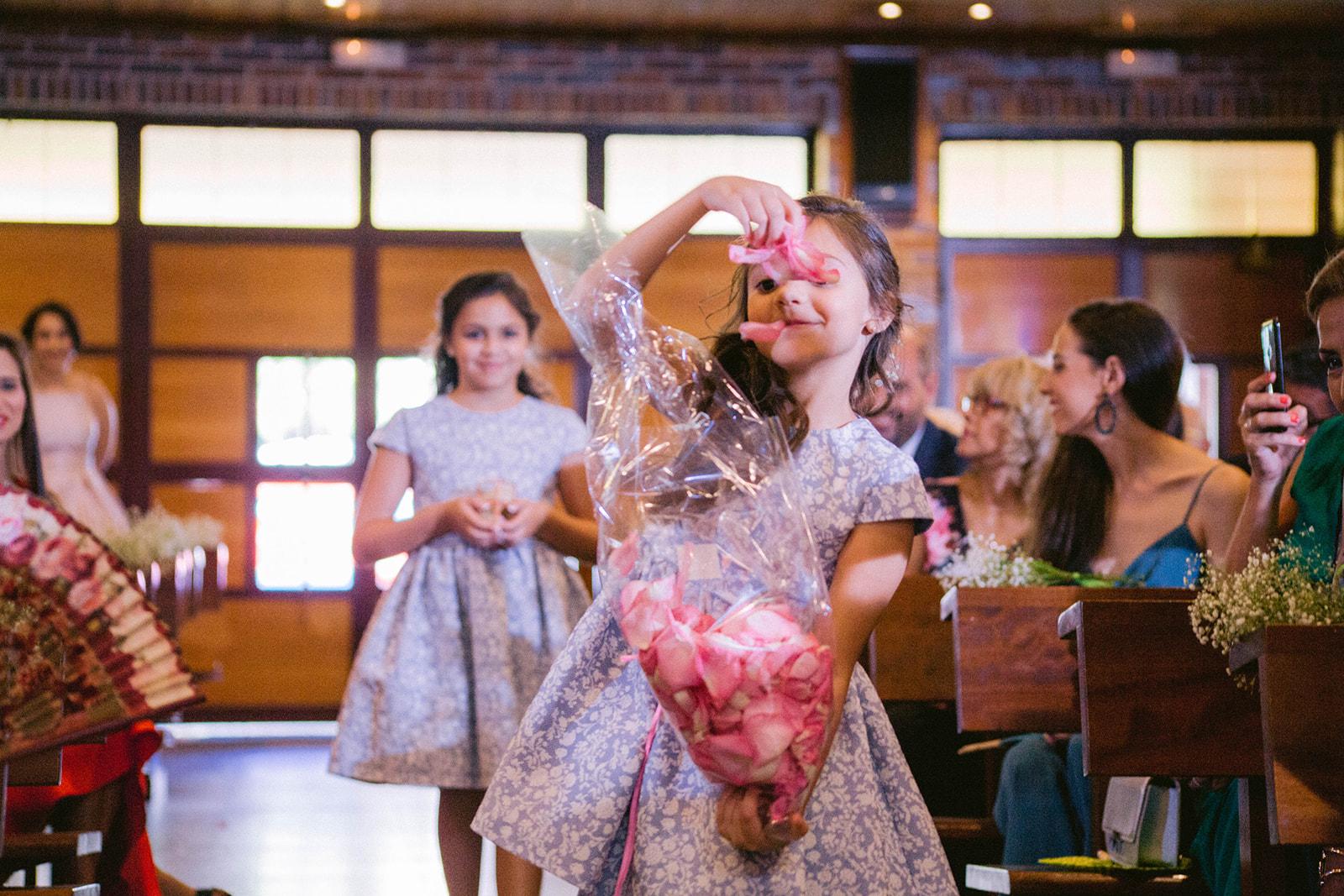 chica de las flores boda