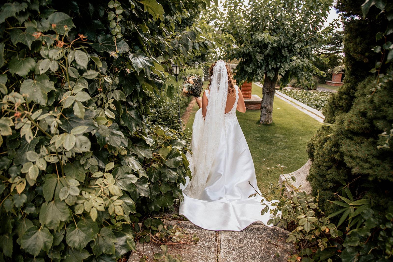 novia con vestido aire barcelona