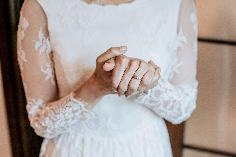 anillo de novia