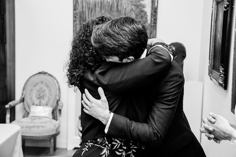 abrazo a mamá